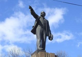 В Ярославле проводятся работы по ремонту памятников.